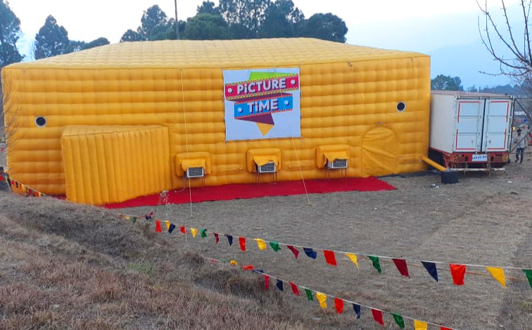 Spreading Love For Cinema: This Company Sets Up An Inflatable Theatre In Rural Towns