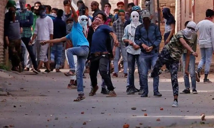 No Government Jobs, Passports For Those Seeking Stone-pelting Vocation In J&K