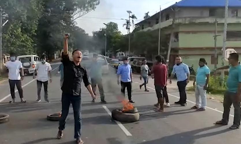 Karbi Students Stage Protest, Demand An Autonomous State